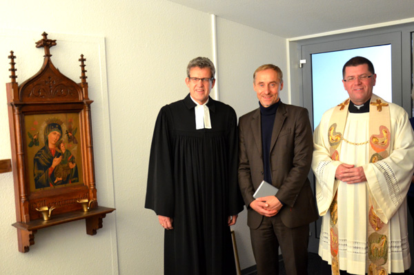 Paderborn-Lippstadt Airport weiht ökumenischen Gebetsraum feierlich ein