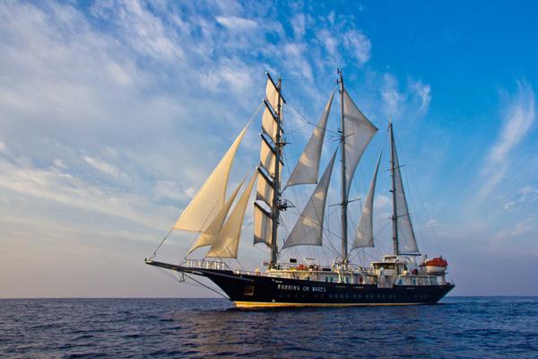Drei Abfahrten 2018 der Mega-Yacht Running on Waves nun buchbar