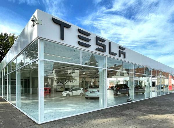Tesla Center Bielefeld offiziell eröffnet
